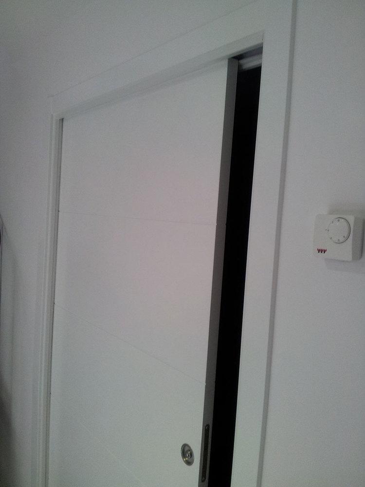 Puertas krona puertas correderas empotradas sistema en - Sistema puerta corredera ...